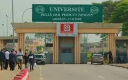 Université Félix Houphoet